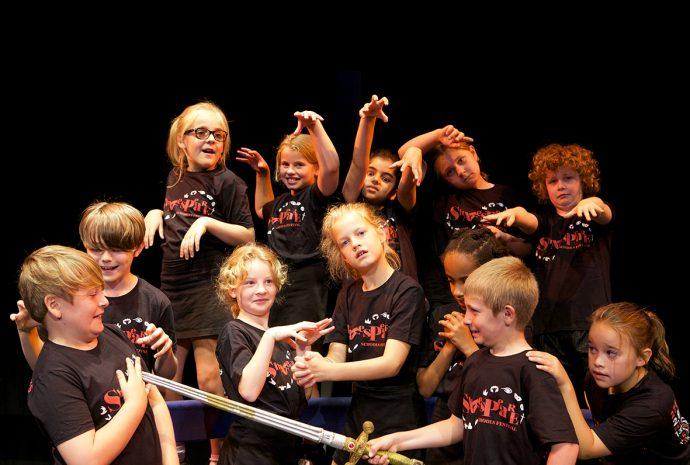 Teatro na escola, porque escrever peça de teatro? William Fernandes - Curso de Dramaturgia,O texto teatral, texto dramático.